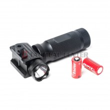 G&G G-04-030 Vertical ForeGrip LED Flashlight